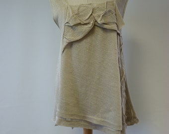 Feminine natural linen top, L size. Only one sample, handmade.