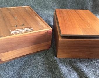 Vintage mid-century Murray Tone bookshelf speakers working