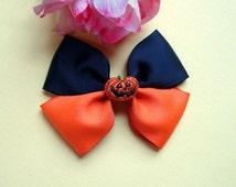 Halloween hair bow, Halloween pumpkin, Jack-o lantern, orange black hair bow, pinwheel hair bow, 4 inch bow, gift for girls, halloween clip