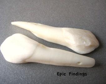 Sale!! 2pc Buffalo Bone Teeth Pendant / Bead, Bone Pendant, Bone Bead, Jewelry Craft Supply, Epic Findings