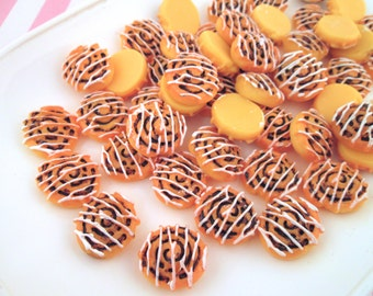 Cinnamon Roll Cabochons, Pick Your Amount, #108b