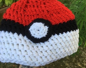 Pokeball Moon Beanie : Snug or Slouchy