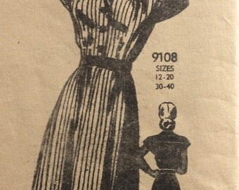 Mail order 9108 vintage 1940's misses dress Marian Martin sewing pattern size 12 bust 30  Factory folds
