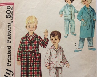 Simplicity 4250 vintage 1960's girls or boys pajamas and robe sewing pattern size 4