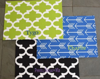 Personalized Dog Placemat || Quatrefoil Food + Water Bowl Mat || Green Waterproof Custom Dog Gift ||  Feeding Station by Three  Spoiled Dogs