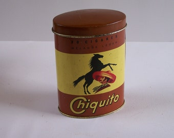 """Tin box """"Chiquito"""" 30 cigars mexican with horse  vintage  Made in France"""