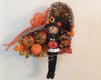 Halloween wreath, Halloween wicker wreath, Halloween decor for wall, Pumpkin decor, whimsical witch decor, fall holiday wreath, fall wreath
