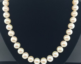Beautiful 10-10.5mm Freshwater Pearl Necklace
