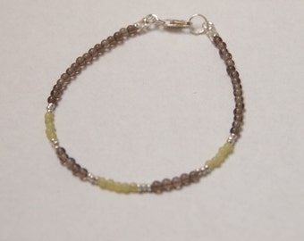 Delicate Small Bracelet in Sterling Silver, Quartz and Olive Jade