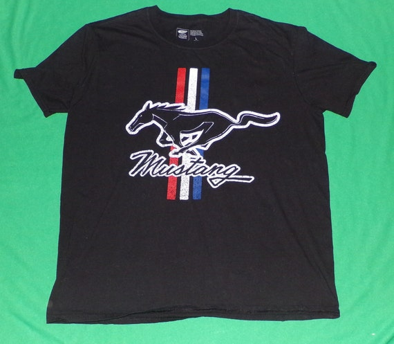 Ford mustang pony and racing stripes vintage t shirt ford for Vintage mustang t shirt