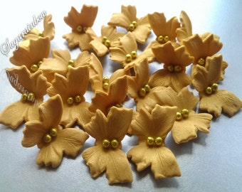 18 Edible sugar butterflies decorations for  cake cupcake toppers GOLD