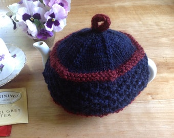 Hand knit wool tea cozy - 2 cup pot