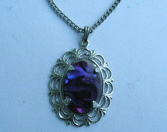 Purple Paua Shell Pendant set in retro silvertone mounting with chain 12215-16