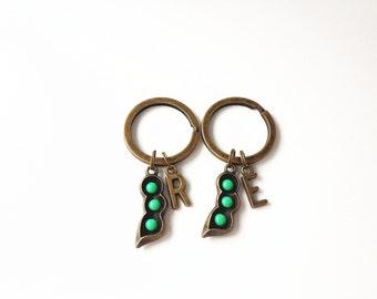 pea pod keychain,set of 2, sister keychain, sister key chain, peas in a pod, 3 peas in a pod, best friend keychain, best friend key chain