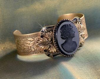 Cameo Bracelet, Victorian Bracelet, Vintage Cameo, Cuff Bracelet, Wedding Bracelet, Cameo Jewelry, Victorian Jewelry, Vintage Bracelet BR494