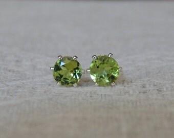Peridot 5mm Studs, Peridot Stud Earrings, Peridot Posts, Peridot Post Earrings, August Birthstone, AAA Grade Natural Peridot, Peridot