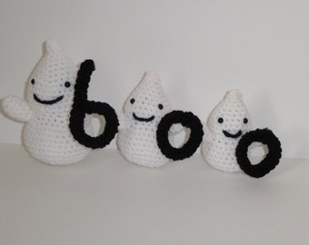 Stuffed Ghosts Decor, Ghosts Spelling Boo, Crochet Ghosts Decoration, Amigurumi Ghosts Decor, Halloween Crochet Ghosts, Plush Ghosts