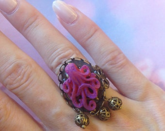 Adjustable ring Octopus purple