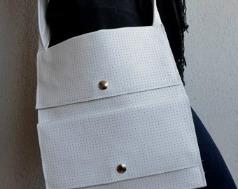 Leather IPad Bag, Leather Crossbody Bag, White Leather Bag, Leather Ipad Purse, White Ipad Bag, Ipad Handbag, Leather Handbag, Ipad Purse