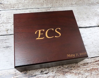 Personalized Keepsake Box, Custom Logo, Gifts for Men, Groomsmen, Husband, Father, Uncle or Grandfather