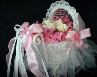 Baby Shower Centerpiece,Small Baby Carriage, Baby Shower Ideas,Pink Carriage Centerpiece,Blue Centerpiece, Yellow Centerpiece, Silk Flowers