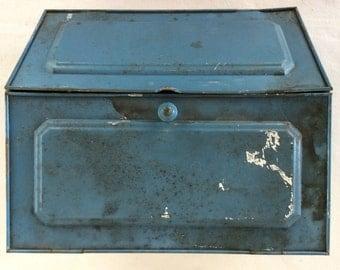"Vintage 1940s ""Tin"" Breadbox"