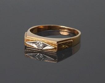 Small signet ring, Small men ring, Gold men ring, Gold signet ring, Elegant men ring, Art deco men ring, 14k signet ring
