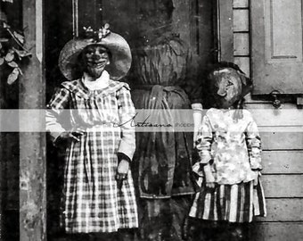 Vintage Antique Halloween Creepy Photograph - Digital Download Printable Instant Art - Paper Crafts Scrapbook Altered Art - Scary Halloween