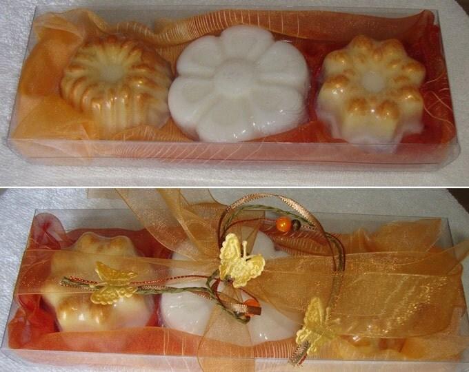 Golden Handmade Soaps Gift Set, Luxury Glycerin Floral Soap, Moisturizing and Gentle for skin Soap, Artisan Summer Gift, Graduation Gift