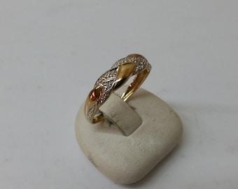Ring 333 yellow / white gold diamond stones GR172
