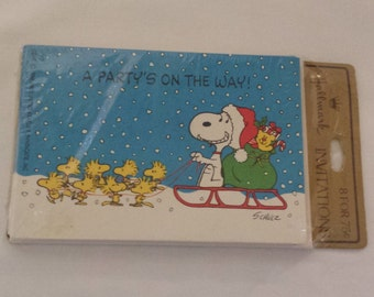 Peanuts Christmas Party Invites Snoopy Woodstock 1980s Pack of 8 with envelopes