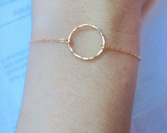 gold circle bracelet, gold hammered circle bracelet, 14k gold circle bracelet, gold karma bracelet, simple gold circle bracelet,
