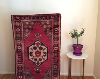 Vintage Turkish traditional wool rug 3x5ft