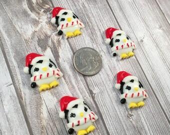 Christmas resin - Penguin cabochon - Christmas penguins - 5pc lot - Christmas craft - Winter penguins - Santa hat resin - Santa cabochon