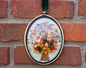 Vintage Cideart flower wall decor, dried flower bouquet, flower wall art, flower bouquet decor, 1970s floral decor, floral wall decor