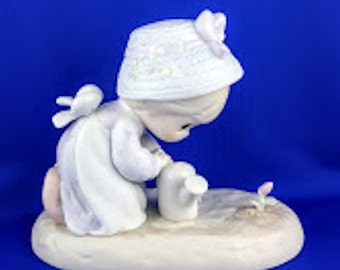 MIB Friendship Grows When You Plant A Seed Precious Moments Figurine