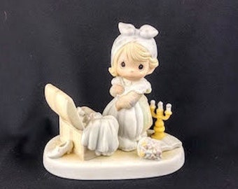 Precious Memories - Precious Moments Figurine