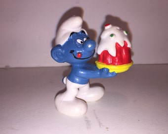 Smurf with Cake