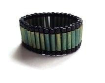 Ring beadwoven green black all sizes