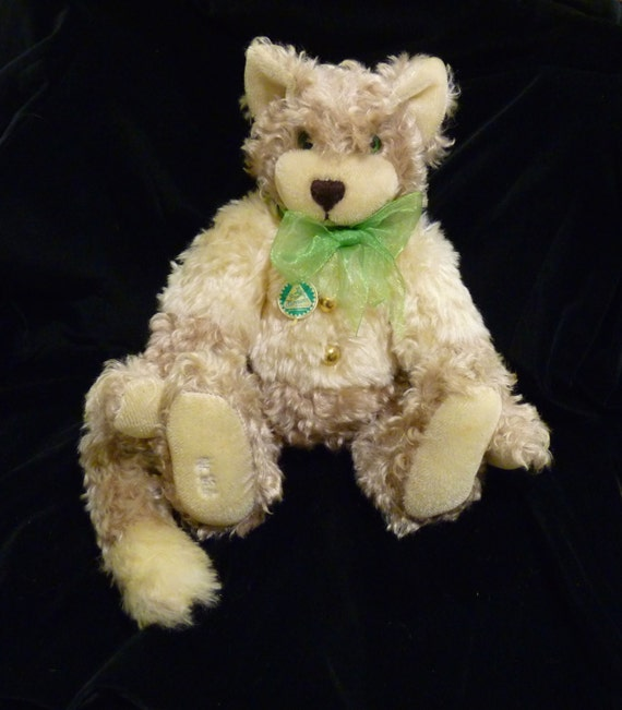 "HERMANN ~ GERMAN MADE ~ ""Five O'Clock"" Mohair Cat ~ Two Toned Cat ~ Number 180 of Limited Edition 500 Pieces"