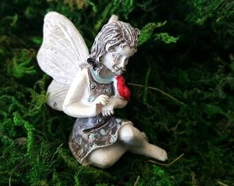 Miniature Fairy April