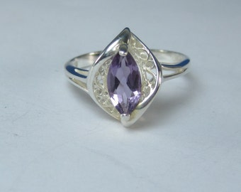 Vintage Sterling Silver Natural Amethyst Filigree Accent Ring Size 9