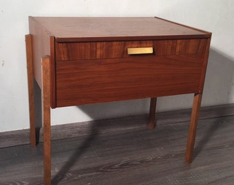 With-century seamy Nähschrank sewing cabinet