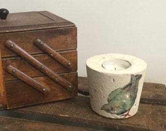 Concrete tea light candle holders