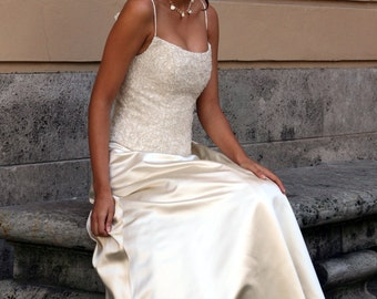 cream wedding dress with embroidered corselet
