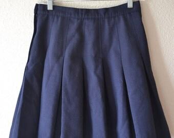 Vintage Pleated Schoolgirl Skirt // high waisted pleated skirt // side Zipper Skirt // Navy Blue Skirt // Pleated Skirt // 90s pleated skirt