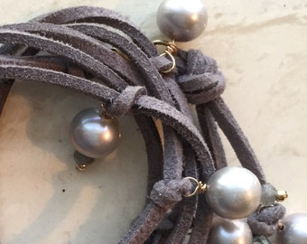 Leather and Pearl Necklace with gemstone