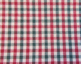 Holiday Plaid Quilt/Craft Fabric - Vintage - Red & Green on Beige - 1/2 Yd.