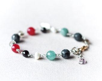 Gemstones & pearls bracelet, garnet, agate, smoky quartz, larvikite, Leaf charm, Wire wrapped semi-precious stones bracelet, Gift for her