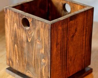 Spruce wood vase